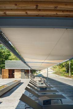 Boat House in Georgian Bay, Ontario / Kevin Weiss, Weissbau inc