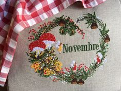 count stitch 155 x 140     ricamato da  Nadia Zannoni     per info scrivere a :     lilliviolet1@gmail.com        ricamato su Lino ...