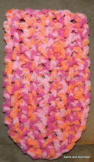 Swirls and Sprinkles: Free crochet newborn cocoon pattern