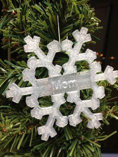 custom 3d printed snowflake.