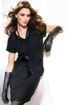 Picture of Catrinel Menghia Elegant Gloves, Black Leather Gloves, Real Leather, Long Gloves, Women's Gloves, Gloves Fashion, Classy Women, Leather Fashion, Elegant Dresses