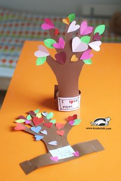 13 Creative and Sweet Kindergarten Mother's Day Crafts - Heart Felt Hand Tree - KindergartenWorks