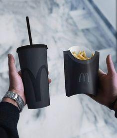 What Nico orders at McDonald's Percy Jackson, Catty Noir, Style Noir, Black Food, Applis Photo, Instagram Girls, Disney Instagram, Instagram Posts, All Black Everything