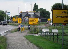 07-08-2014 Verkeersborden Bleiswijk, Boedha Beer N209