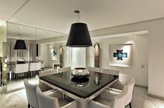 Salas de jantar com 8 e 10 cadeiras – veja mesas quadradas, retangulares e redondas!