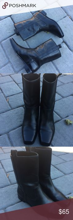 🌺🌺Michael kors Boots Pre-owned sleek and trendy Michael Kors Boots. Upper and sole all Genuine Leather. ASKING PRICE OR BEST OFFER! Michael Kors Shoes Heeled Boots