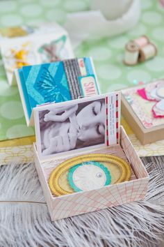 Sweet accordion book in a box - French Sweet Home blog