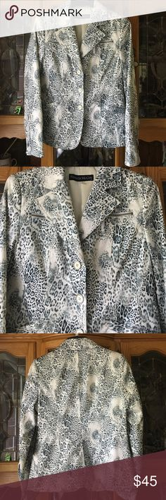 Pamela McCoy Silky Leopard Black White Blazer XS Brand new with tags! Silky feel and fully lined- has armpit shields inside but is washable! Black and white leopard print in women's XS Pamela McCoy Jackets & Coats Blazers