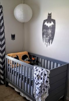 Batman theme Nursery / superhero nursery / boy nursery / diy nursery
