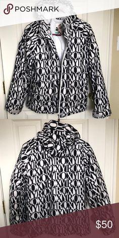 dd1f97b238 Roxy ski snow jacket! Girls XL Roxy ski jacket! Would probably fit an
