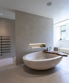 home Lake View House - 2 - Janey Butler Interiors Should I Let My Adult Child Move Back Home? Grey Bathroom Interior, Design Living Room, Design Room, Tile Design, Big Bathrooms, Beautiful Bathrooms, Bad Inspiration, Classic Bathroom, Modern Bathroom Design