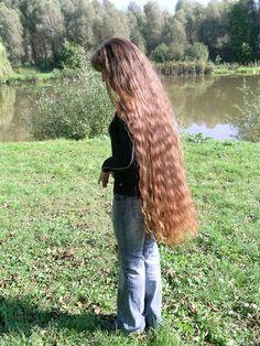Beautiful Women with Super Long Hair - Bing Super Long Hair, Big Hair, Beautiful Long Hair, Gorgeous Hair, Beautiful Women, Braided Hairstyles, Cool Hairstyles, Rapunzel Hair, Long Locks