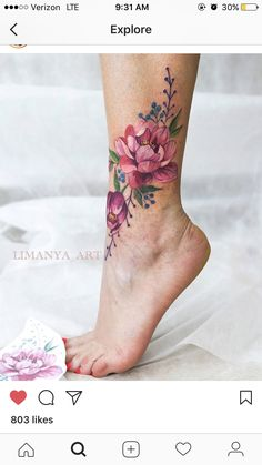 Trending Flower Tattoos Ideas For Women 11 - Ankle Tattoo Designs Cute Tattoos, Body Art Tattoos, Small Tattoos, Mini Tattoos, Cute Ankle Tattoos, Belly Tattoos, Tattoos Skull, Amazing Tattoos, Arielle Tattoo