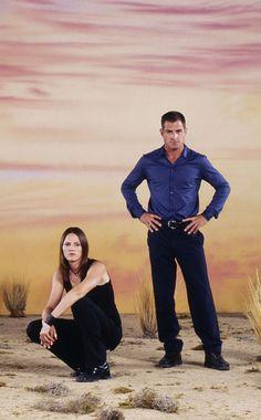 CSI 4 season - Jorja Fox (as Sara Sidle) and George Eads (as Nick Stokes). CSI Las Vegas, beautiful shot in the desert, cloudy sky, photo Ncis, Movie Photo, Movie Tv, Csi Las Vegas, Eric Szmanda, Csi Crime Scene Investigation, Les Experts, Designated Survivor, Medical Drama