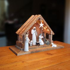 Marvelous Reclaimed Barnwood Nativity Stable With Battery Powered Lights $94.00