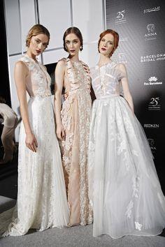M & M Barcelona Bridal Week 2015 See more: http://bridalmusings.com/2015/05/backstage-barcelona-bridal-week-2015/