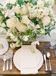Beautiful whites for a classic setting.