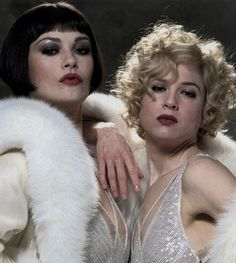 Catherine Zeta Jones & Renee Zellweger as Velma Kelly and Roxy Hart in the musical Chicago.