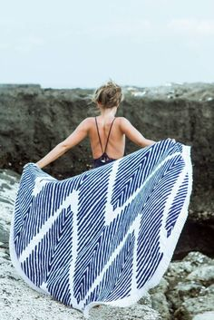 Lovin Summer Round Towel by Lovin' Summer Beach Tents