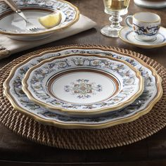 Deruta-Style Plates | Sur La Table & Nova Deruta 16-Piece Dinnerware Set ($280) ? liked on Polyvore ...