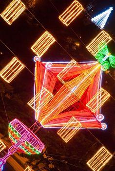 Neon Signs, Pastor