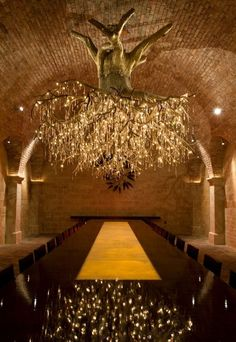 Magnificent Chandelier Shaped Like Vineyard's Grape Vines - My Modern Metropolis / Tree chandelier in HALL Rutherford winery Chandelier Tree, Chandeliers, Tree Lamp, Chandelier Lighting, Rustic Chandelier, Deco Restaurant, Interior And Exterior, Interior Design, Tree Lighting