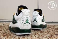 """Air Jordan 4 """"Oregon"""" Juwan Howard by Dank Customs"""