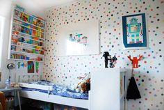Self adhesive vinyl temporary removable wallpaper, wall decal - Multicolor polka dot pattern wallpaper - 090