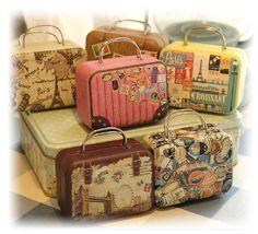 10 pcs Mini Suitcase Tins - Miniature Luggage Collectibles -  Gift Packaging Containers - Party Wedding Favors
