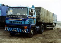 Expand Furniture, Old Lorries, Commercial Vehicle, Classic Trucks, Semi Trucks, Cool Trucks, Buses, Vintage Cars, Britain