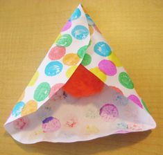 3-D Paper Hamantashen | Jewish Kids create Multicultural Crafts, Good Enough To Eat, Around The Corner, 3d Paper, 3 D, Create, Projects, Holidays, Ideas