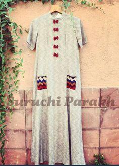 Tunic Designs, Kurta Designs, Indian Party Wear, Indian Wear, Indian Dresses, Indian Outfits, Embroidery Suits Punjabi, Designer Anarkali Dresses, Kurti Patterns
