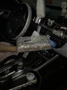 Bling Car Accessories, Car Accessories For Girls, Ferrari Laferrari, Tumblr Car, Luxury Car Brands, Girly Car, Car Interior Decor, Car Mods, Fancy Cars