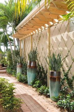 Wall Trellises & Baskets | Pamela Crawford