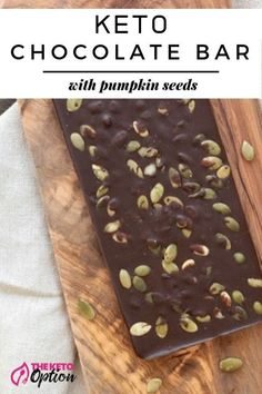 You don't need to buy exotic keto chocolate bars - you can make them! Check out this delicious Salted Chocolate Bar with Pumpkin Seeds treat! Salted Chocolate, Low Carb Chocolate, Mint Chocolate, Chocolate Bars, Keto Friendly Desserts, Low Carb Desserts, Low Carb Recipes, Ww Recipes, Family Recipes