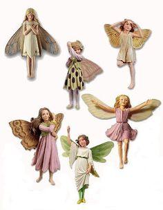 Flower Fairies Collection Favorites Assortment contains six flower fairies. Fairy Box, Fairy Land, Rose Bay, Cicely Mary Barker, Fairy Figurines, Decoupage, Fairy Doors, Flower Fairies, Woodland Creatures