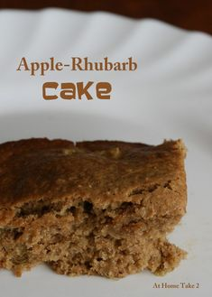 This Apple Rhubarb Cake is so easy to make and absolutely delicious. You'll be really happy with the end result! This is a great way to use up rhubarb. Rhubarb Oatmeal, Oatmeal Cake, Baked Oatmeal, Sweet Recipes, Cake Recipes, Dessert Recipes, Easy Desserts, Delicious Desserts, Rhubarb Cake