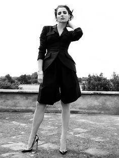 Luisa Ranieri wearing a jacket and bermuda shorts by #EmporioArmani.