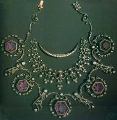 Jewels of the Imperial Romanov family Jewels of the Romanovs, Russia