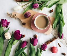 Lovely macarons and tulips.  #tulip #macarons #caffee #morning #flower #impress