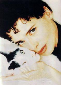 Isabella Rosellini y su gato