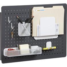Cinco accesorios modernos para organizar la oficina: Tablero perforado