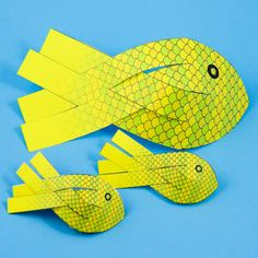 How to Make Paper Fish - Paper Crafts - Aunt Annie& Crafts Projects For Kids, Art Projects, Crafts For Kids, Arts And Crafts, Ocean Crafts, Fish Crafts, 3d Paper, Paper Crafts, Fish Paper Craft