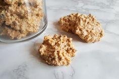 I brutti ma buoni sono biscotti morbidi e leggerissimi a base di meringa e nocciole.