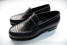 Jalouse collection Jm Weston, Weston Shoes, Loafer Slippers, Penny Loafers, Loafers Men, Flat Shoes, Men's Shoes, Oxford Shoes, Dress Shoes