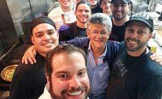 Ramos Allup se metió en la cocina de este restaurante en Miami, mira lo que pasó [Fotos]