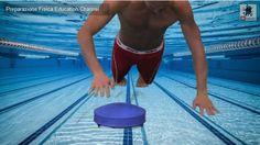 Preparazione fisica nel nuoto. PushUp su piano Instabile  Esercizio per lo sviluppo dei pettorali dell'atleta estratto da OUT WATER TRAINING il cofanetto (DVD + Libro) di PreparazioneFisica Education  http://www.nuotomania.it/public/nuoto-notizie/view.php?id=568