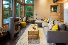 Compact cabin perched on a rocky bluff overlooking the Washington Coast Table Furniture, Rustic Furniture, Outdoor Furniture Sets, Furniture Design, Interior Architecture, Interior Design, Cabin Plans, Rustic Table, Home Goods