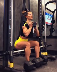 Starting that week right with a nice and challenging Leg Day workout, always giving a bit more focus Leg And Glute Workout, Leg Day Workouts, Glute Exercises, Bikini Fitness, Body Fitness, Gym Body, Fitness Video, Workout Session, Strength Training