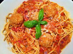 Evas Køkken: Lady og Vagabonden spaghetti med kødboller og spicy tomatsauce